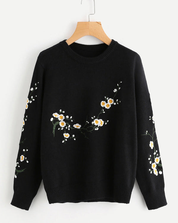 Iceland Knitted Embroidery Sweater - Black | Flirtyfull.com