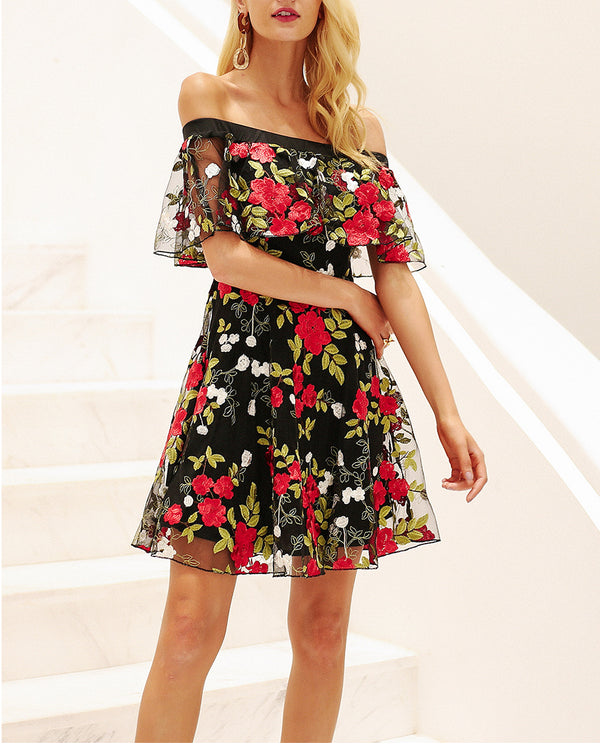 Lullaby Floral Embroidery Coctel Dress | Flirtyfull.com