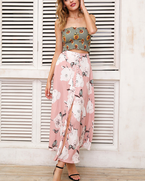 Wonderland Floral Ruched Crop Top - Army Green | Flirtyfull.com
