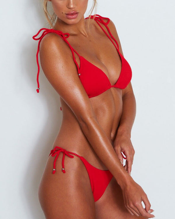 Que Calor Thong Bikini Set - Red | Flirtyfull.com