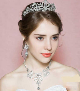 Gorgeous Antique Inspired Crystal Bridal Tiara Jewelry Set - La Bella Bridal Accessories