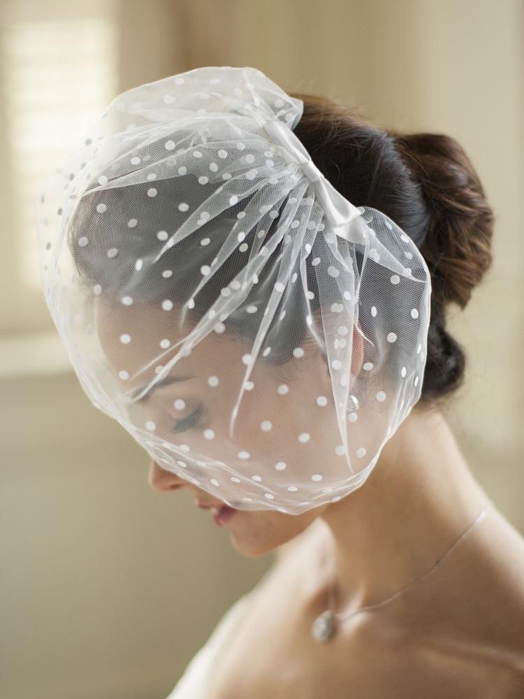 Vintage Polka Dot Face Veil - La Bella Bridal Accessories