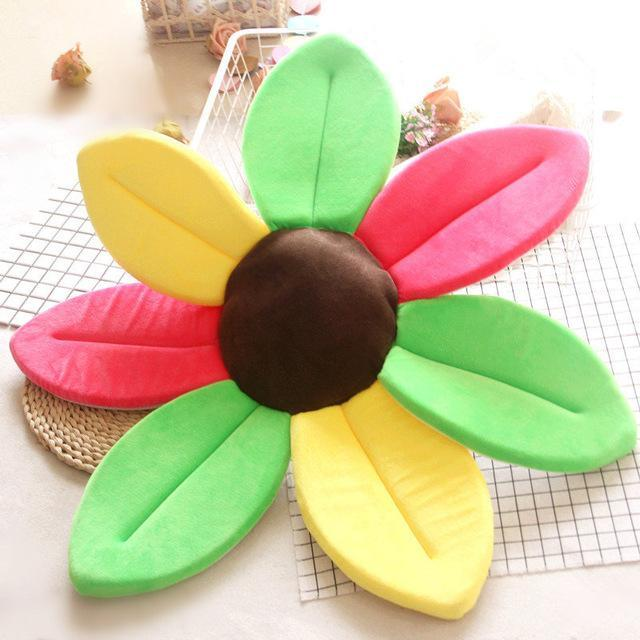 Flower Shape Sponge Baby Bath Cushion red yellow  green / 80cm joeypatch