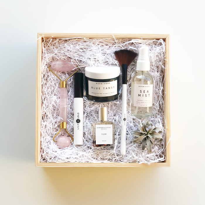 The Clean Beauty Box Curated by Kayleigh Christina