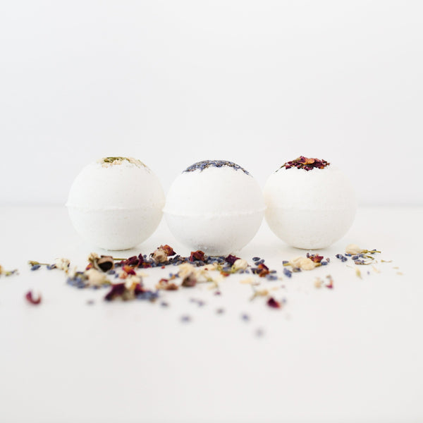 Mini Moon Phase Bath Bombs by Remedes and Richewels