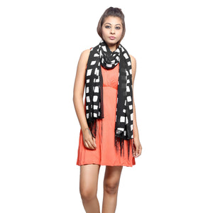Checkered Print Stole
