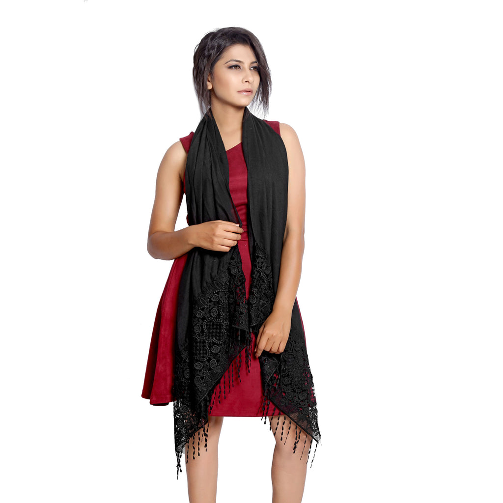 Black Scarfs and stoles online