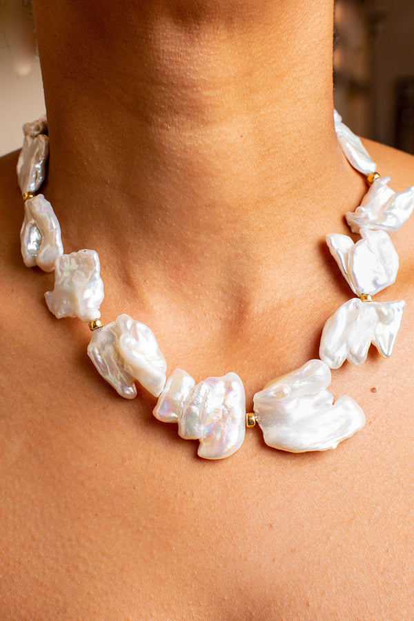 LIZZIE FORTUNATO EXCLUSIVE PEARL NECKLACE