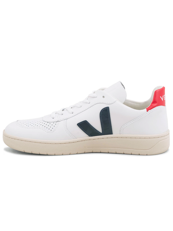 VEJA Leather Nautico Sneakers