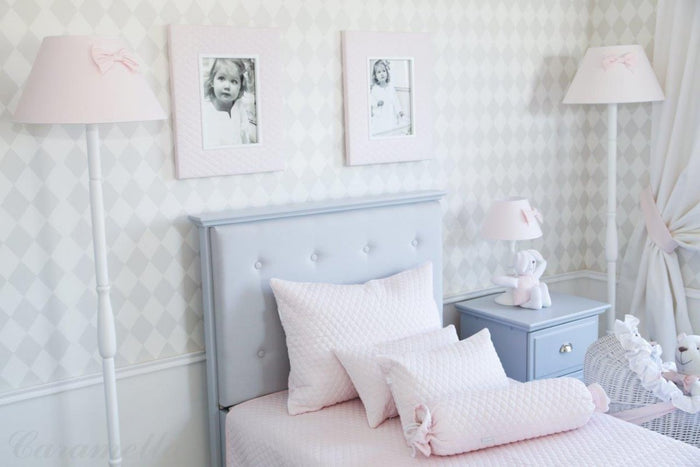 BABY PINK FLOOR LAMP WITH BOW