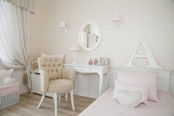 BABY PINK LAMP WITH BOW