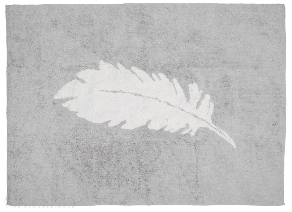 GREY CARPET WITH WHITE FEATHER