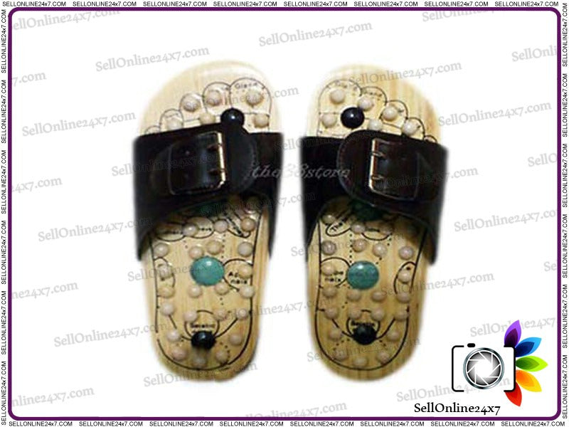 New Acupressure Therapy Chinese Reflexology Massage Wooden Foot Massager