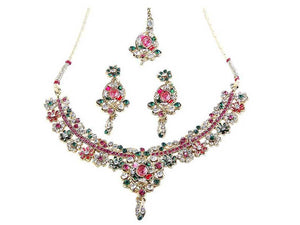 Indian Designer Jewelry Bollywood Style Gold Plated Austrian Stone Necklace Set With Maang Tikka