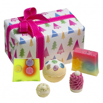 Bomb Cosmetics Christmas Tree Wrapped Gift Box Set