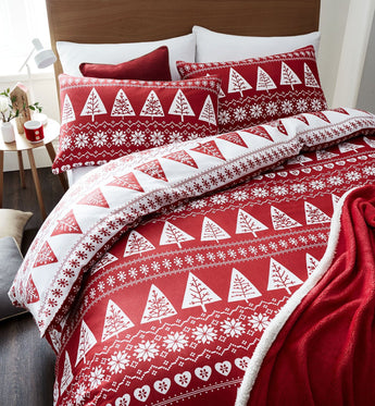 Nordic Trees Red Christmas Bedding