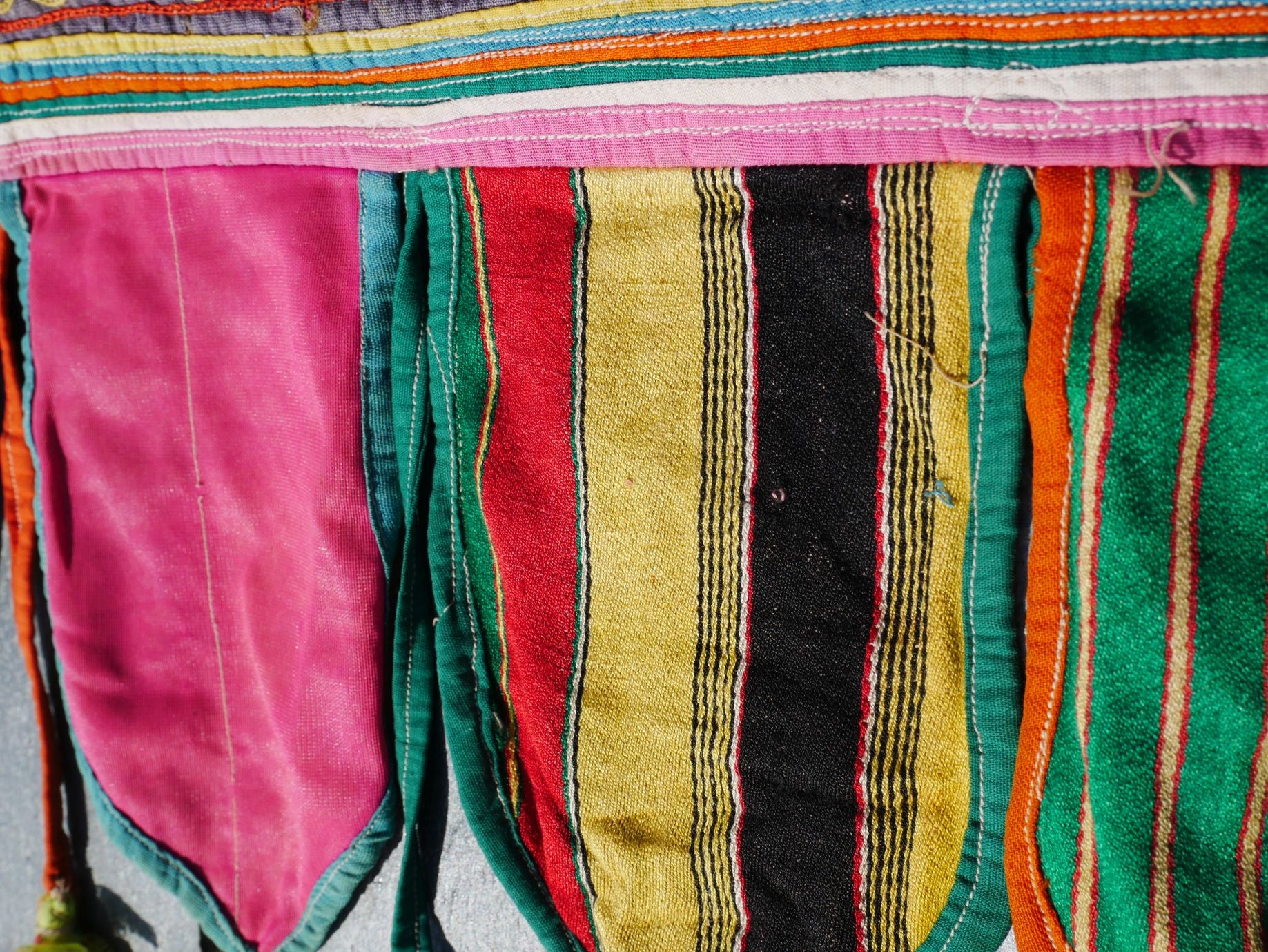 Vintange Indian toran, gypsy curtain, boho valance Banjara tribal tapestry