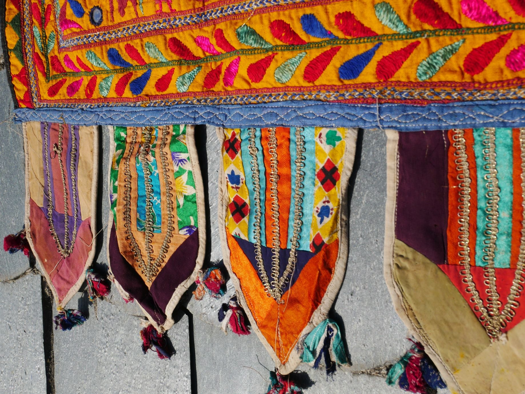 Vintage Indian toran gypsy curtain, boho valance Banjara tribal tapestry