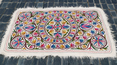"Kashmiri ""Namda"" felted wool rug - large boho floor rug 6x4 ft 