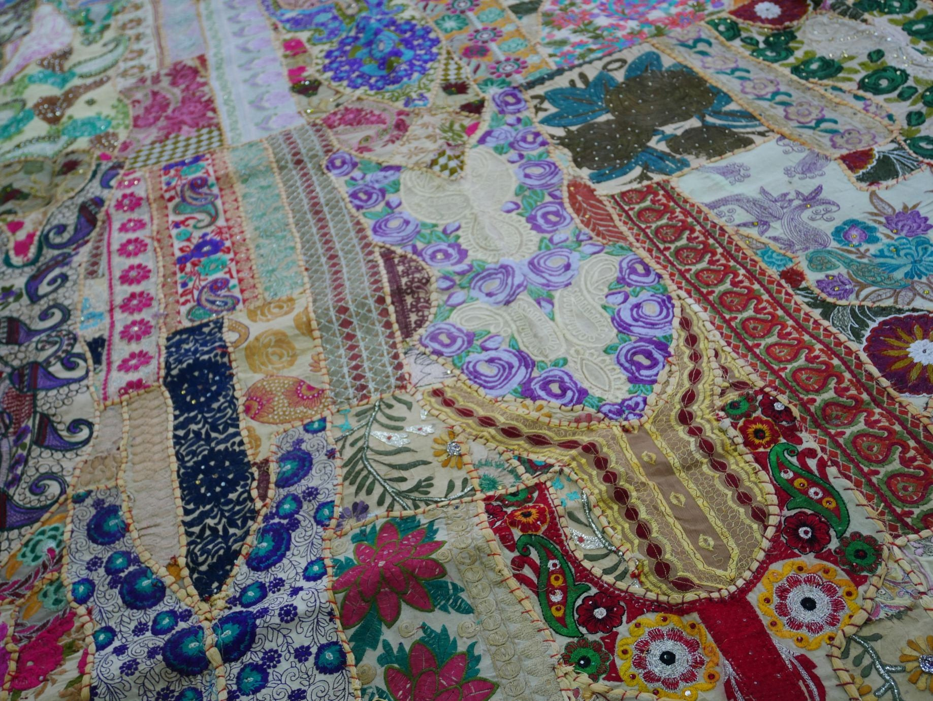 "Indian patchwork bedspread ""Shanti Masala"" for bohemian bedding boho rustic home decor"