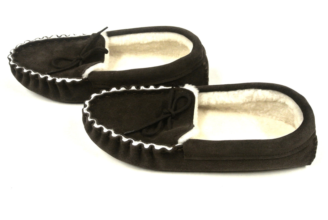 Genuine Sheepskin moccasin slippers unisex in dark brown various sizes