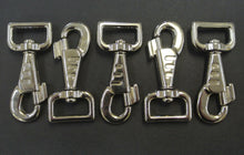 Load image into Gallery viewer, 25mm Fluted Heavy Duty Trigger Clips Hooks Nickel Plated For Dog Leads Webbing Bags Straps