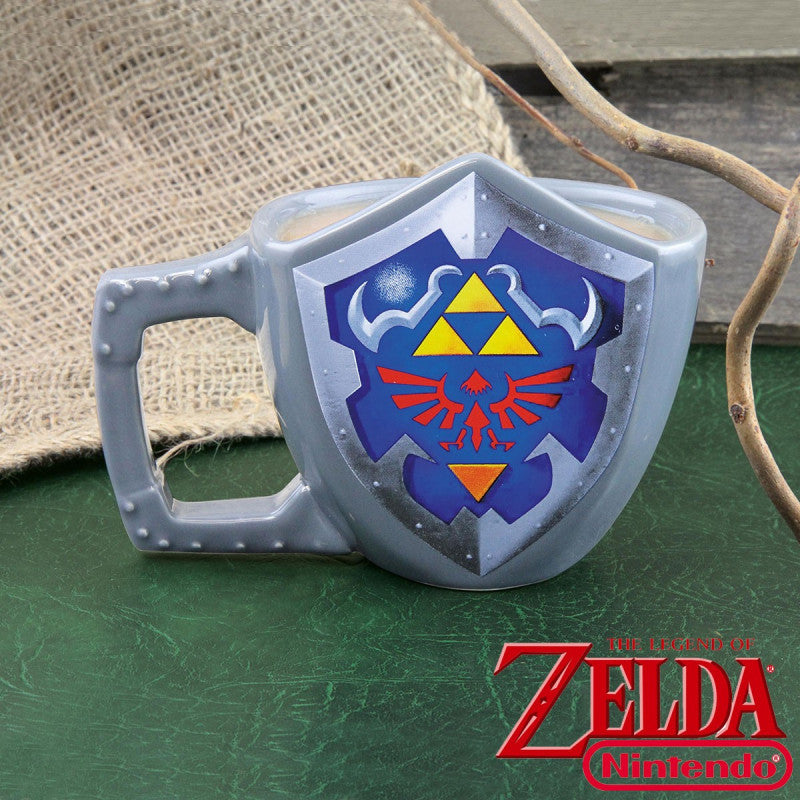 Mug The Legend of Zelda : bouclier Hylia en 3D - Gadget2Geek