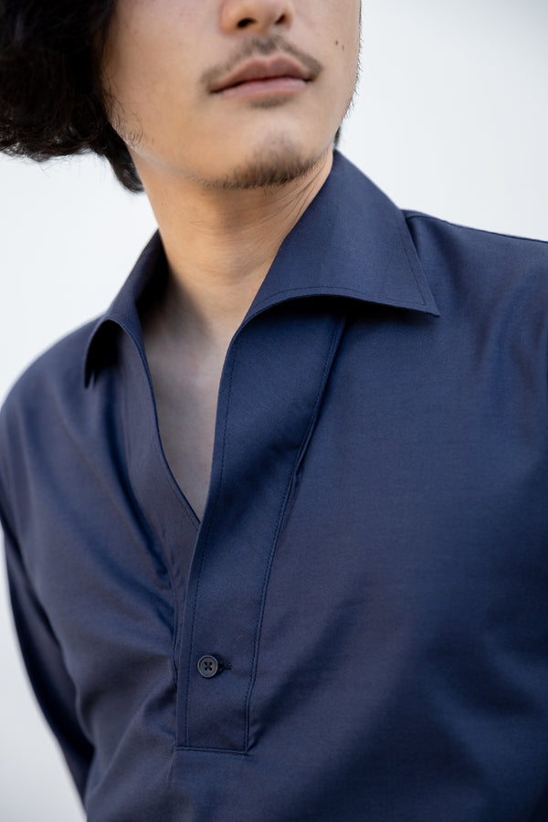 Navy - triangle polo collar shirt