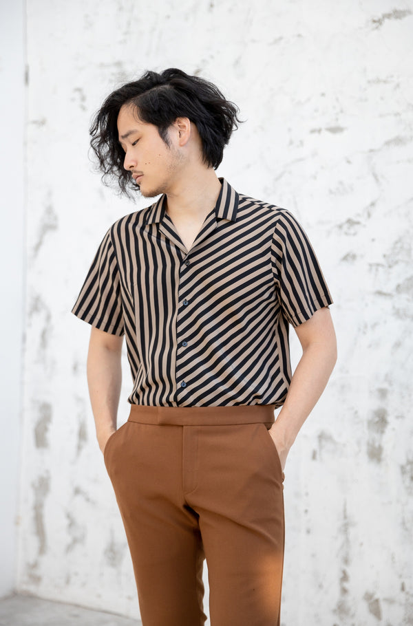 Two tone - flip short sleeve shirt