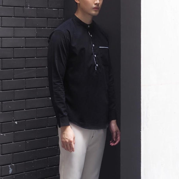 Black mandarin with trim pocket shirt