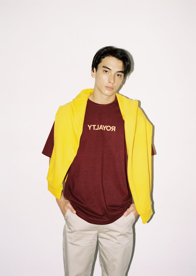maroon shirt and yellow pull-over 3