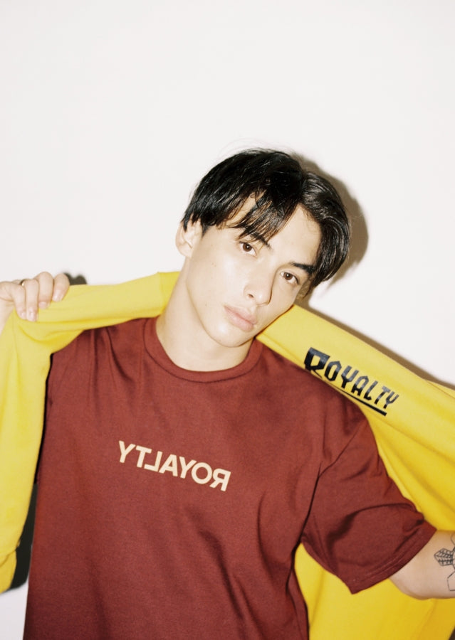 maroon shirt and yellow pull-over 2