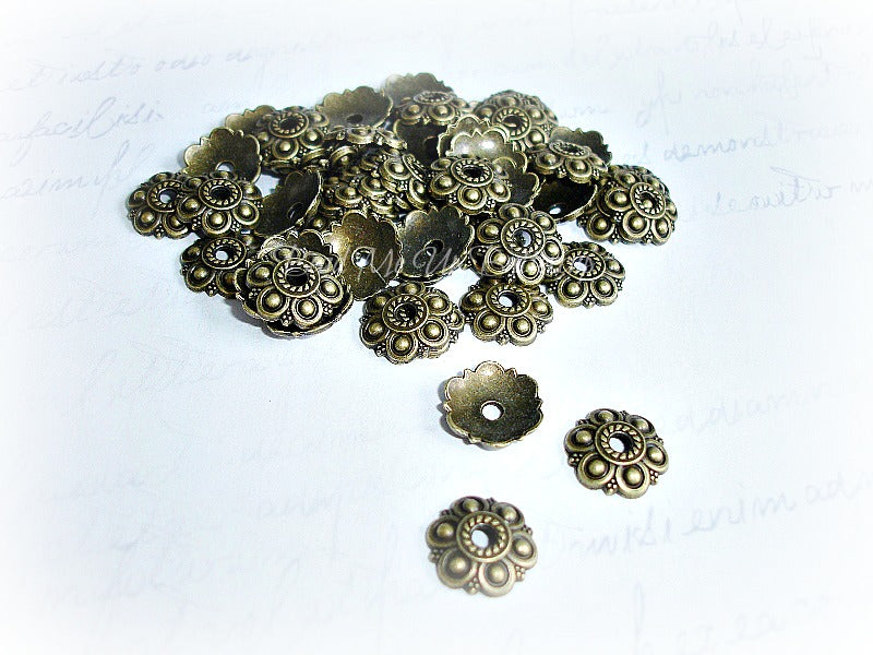 Antique Bronze Flower Bead Cap 13 mm