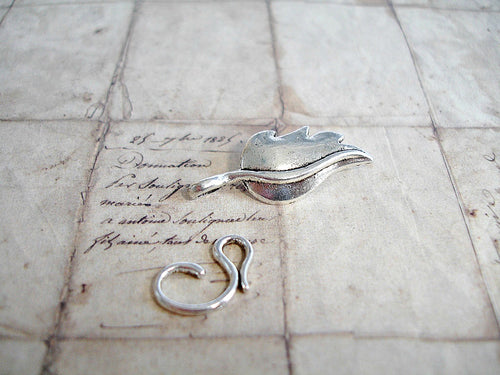 Antique Silver Toggle Clasp Fancy Leaf
