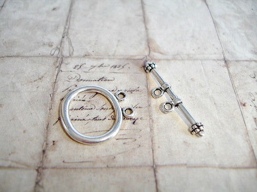 Antique Silver Oval Twin Hole 2 Strands Toggle Clasps