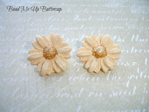 Spring Collection - 1 pair Cream Polymer Clay Flower Buttons
