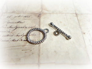 Gun Metal Toggle Clasps Rope Patterned