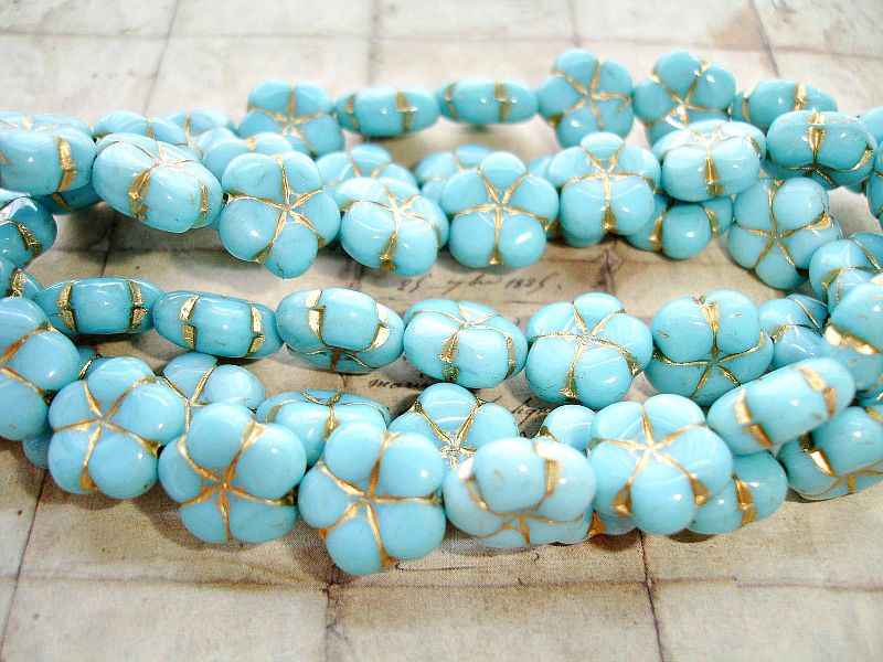 6 Sky Blue Puffed Daisy Flower Czech Glass Beads 14 mm