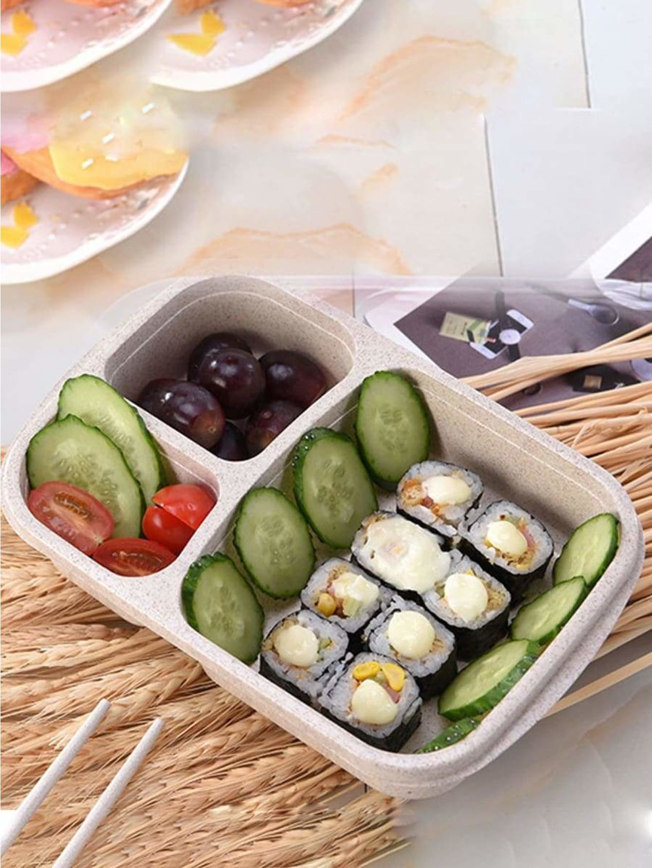 3 Compartment Lunch Box