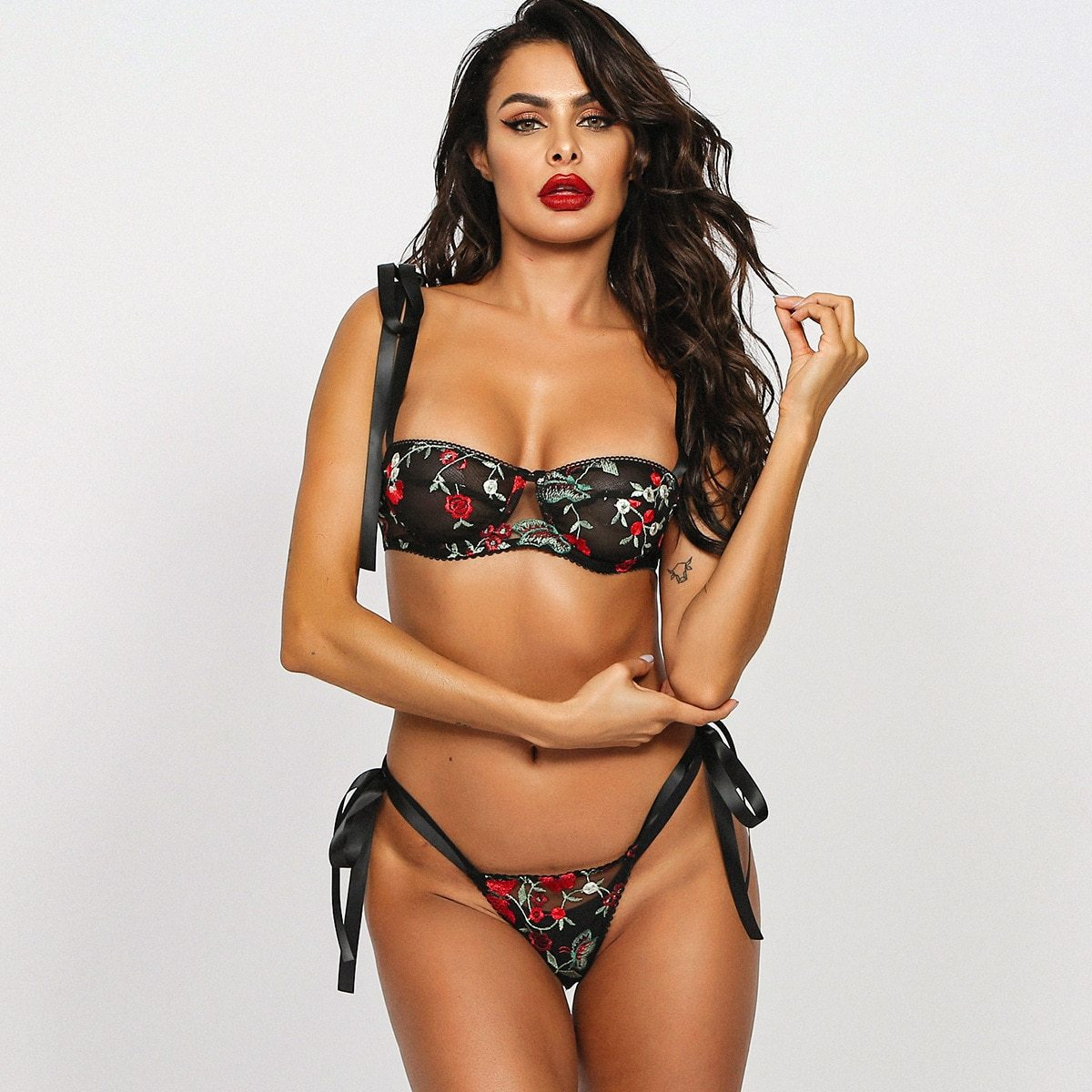 Push Up Floral Embroidery Lingerie Set
