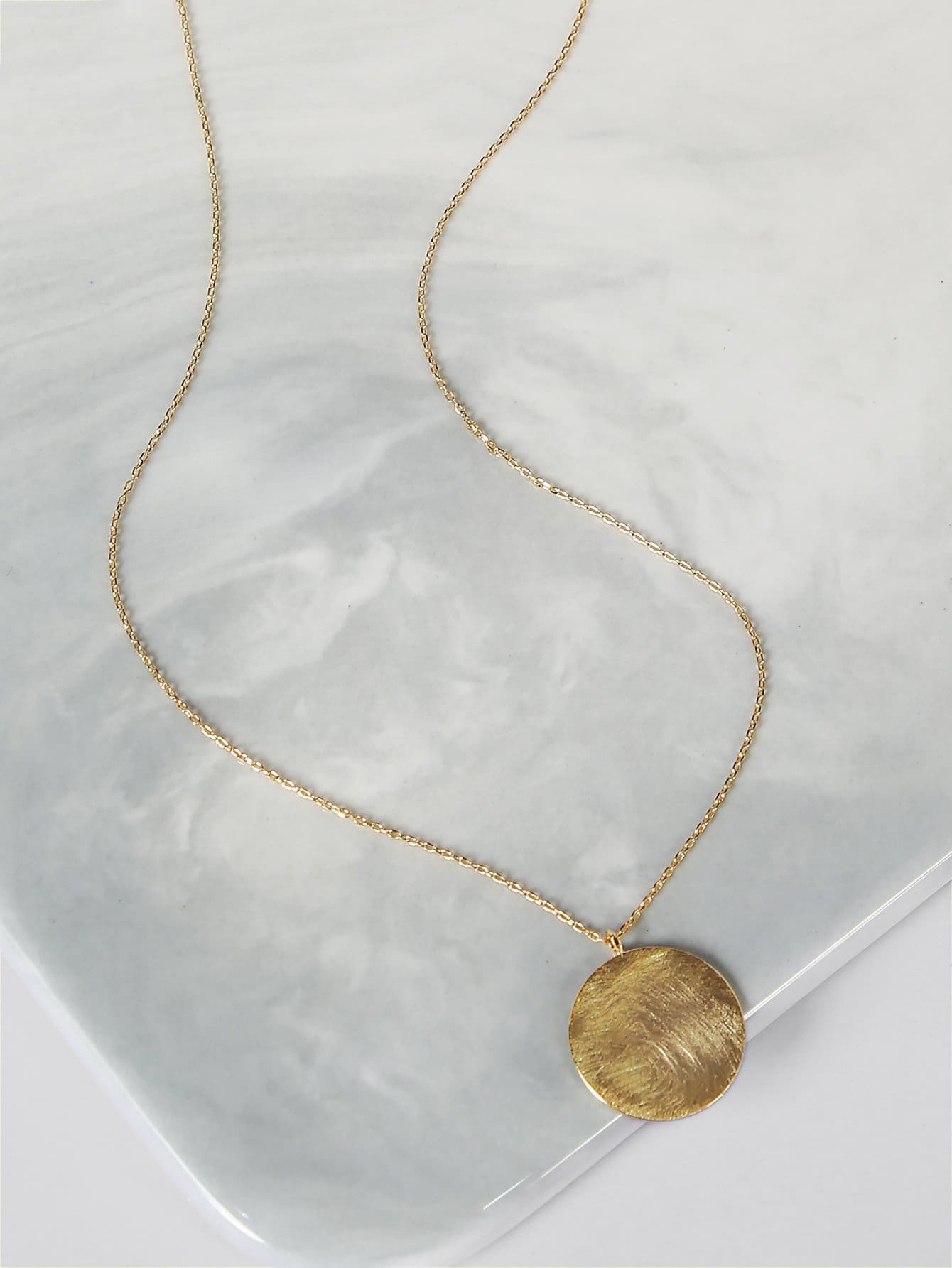 Circle Pendant Gold Necklace
