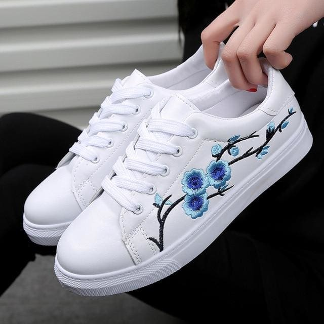 Embroidery Flowers White PU Leather Sneakers - Womens Sneakers