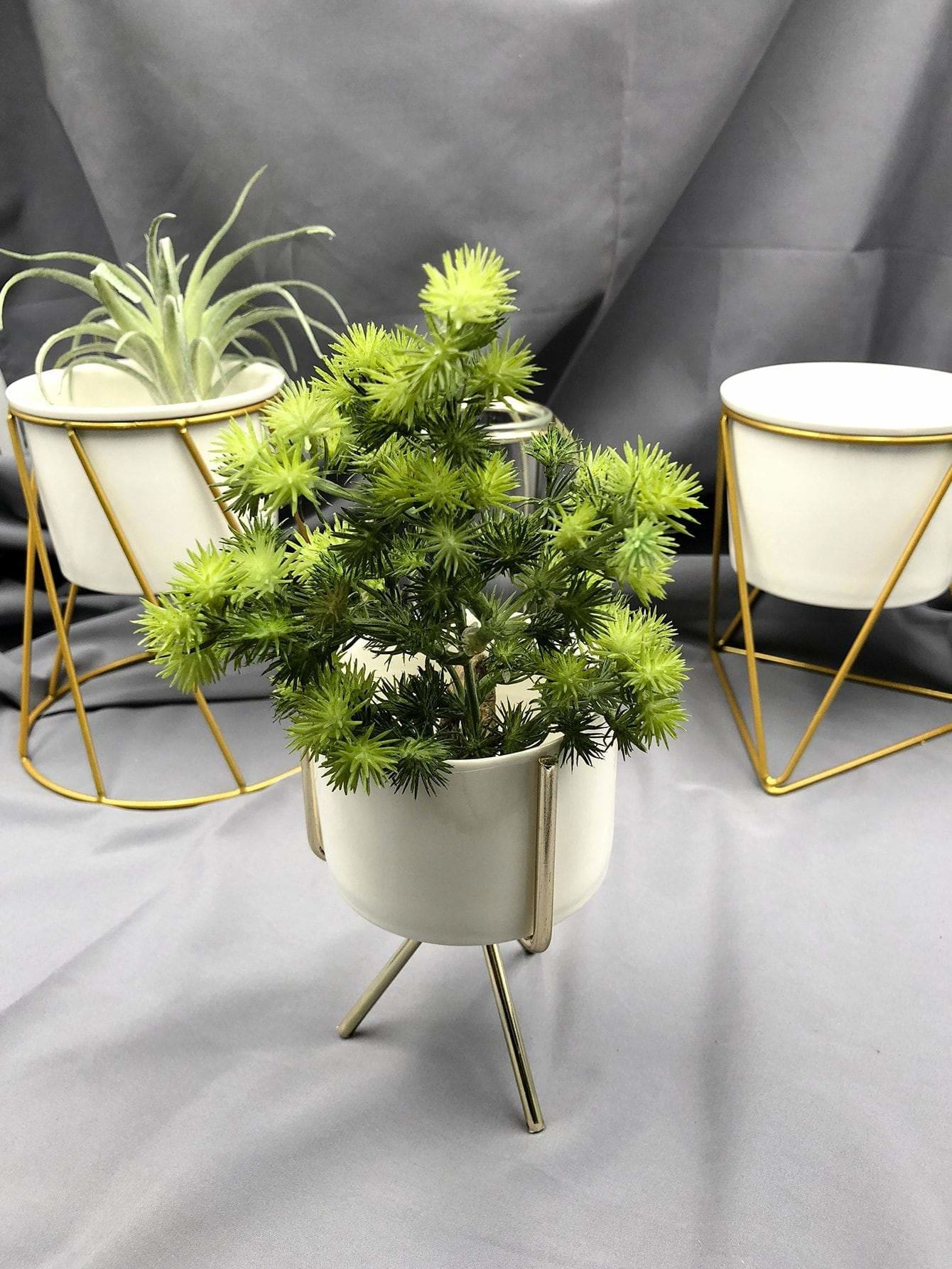 Flower Pot With Flower Pot Holder - Vases & Artificial Flowers