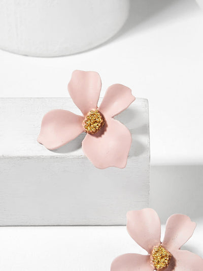 Flower Shaped Stud Earrings - Earrings
