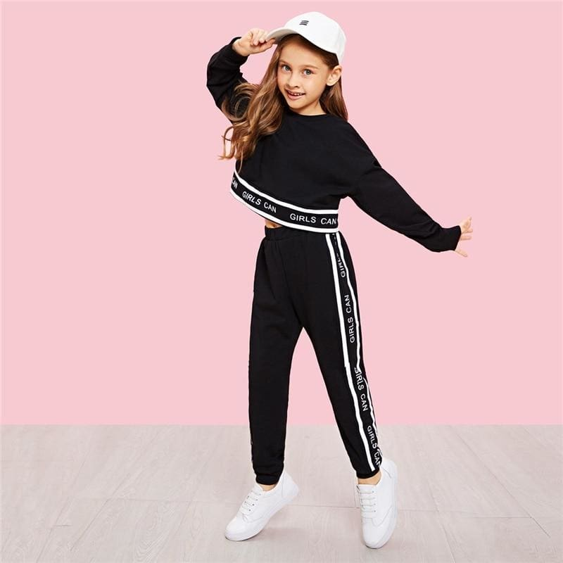 Girls Lettering Trim Pullover And Pants Set - Black / 6T - Girl Suit Set