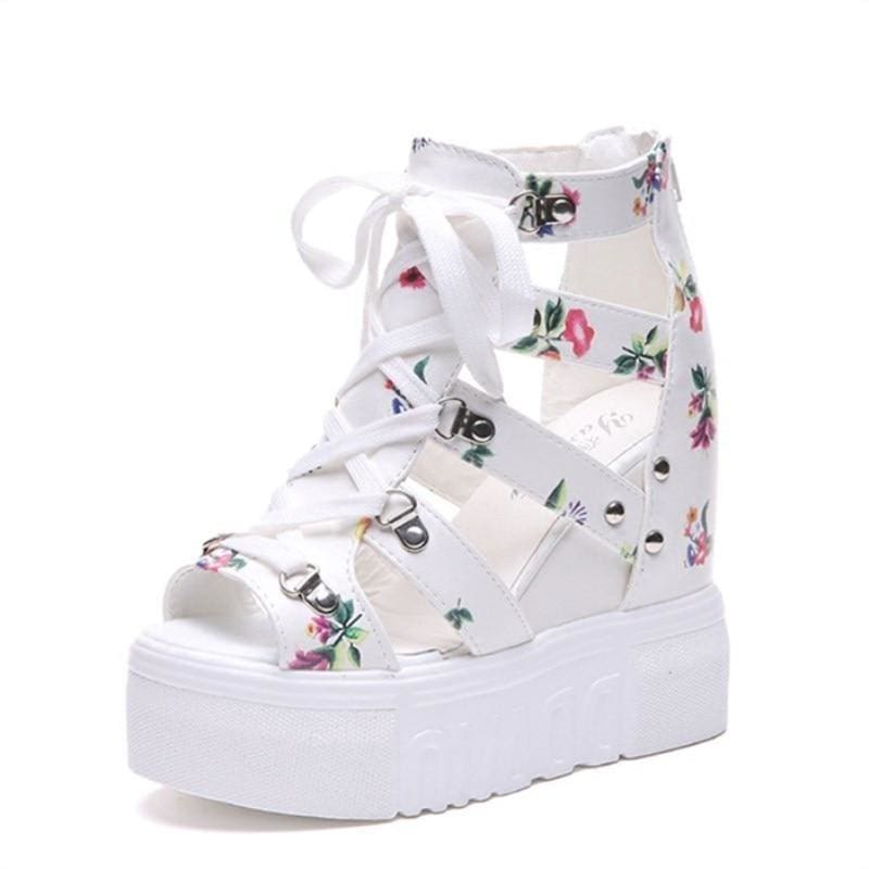 Gladiator Print Platform Sandals - White / 6 - Womens Sneakers