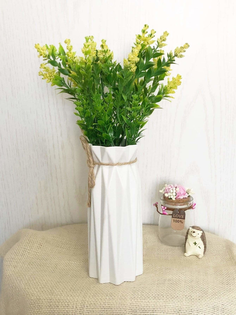 Plain Flower Vase - Vases & Artificial Flowers