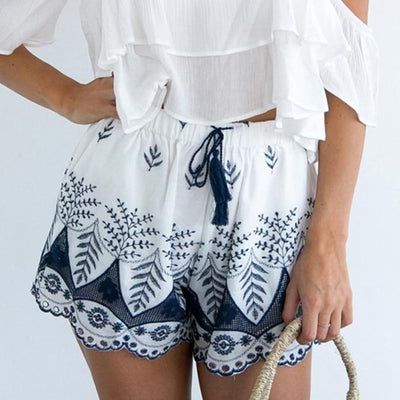 Embroidery Tassel Loose High Waist Shorts
