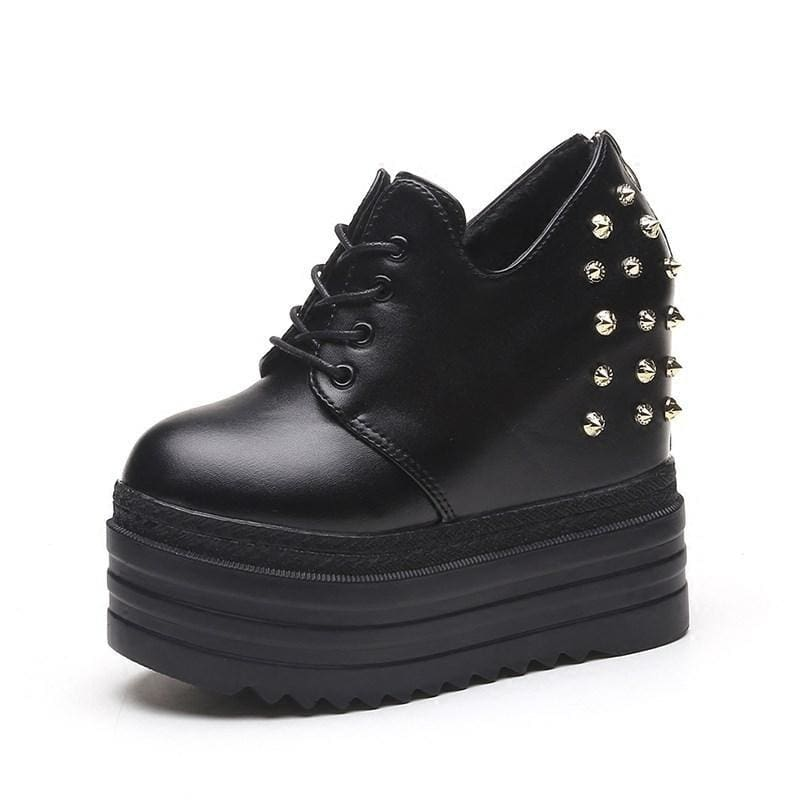 Rivet PU Leather Platform Sneakers - Black / 5 - Womens Sneakers