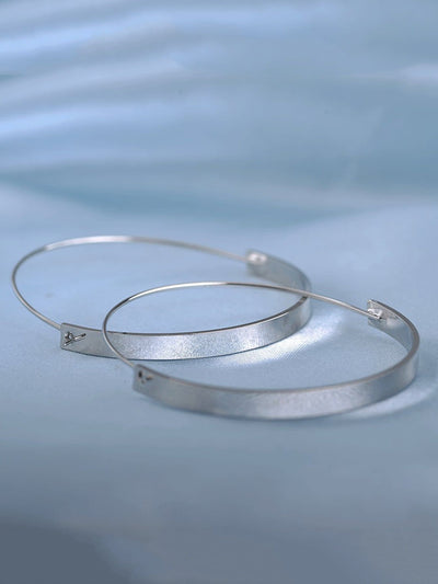 Simple Hoop Earrings - Earrings
